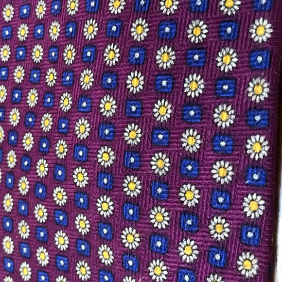 """Honors Other - Purple """"Daisy"""" Tie"""